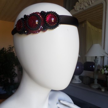 Headbead With Stones Red-Blacs VENDU!!!
