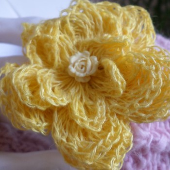 Brosche Yelow Flower VENDU!!!