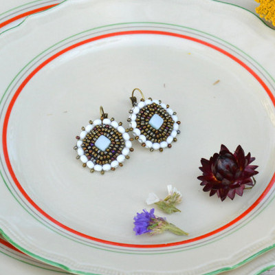 Earring With Withs Stones